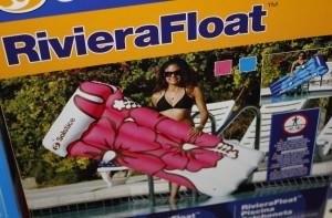 R Float 1